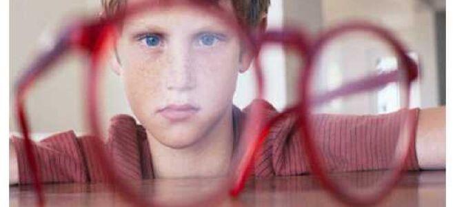 """Дальнозоркость у детей: симптомы, лечение - """"Здоровое око"""""""