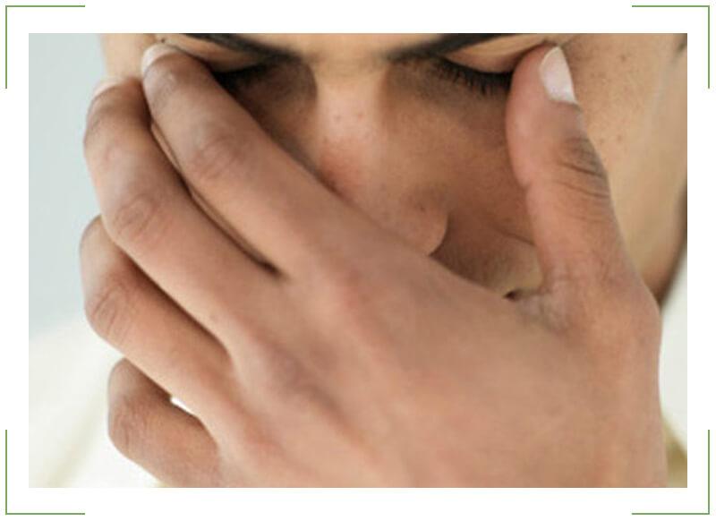Боль в глазах: причины появления