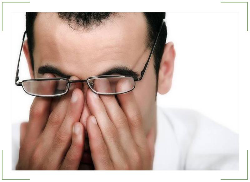 Болит глаз под верхним веком больно нажимать глаз красный