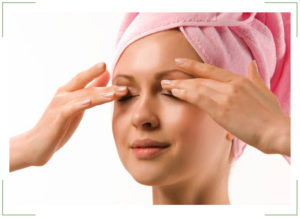 Как быстро убрать отек вокруг глаз